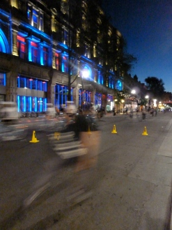 Montreal's tour la nuit, cyclists in motion